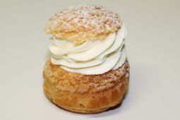 Chou Chantilly